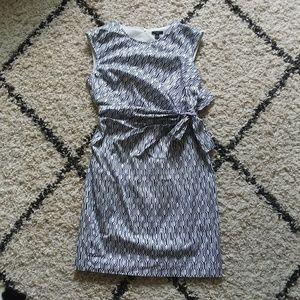 Ann Taylor sheath white navy geometric print dress
